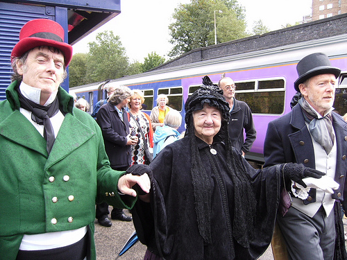 'Queen Victoria' ready to board the 'Royal train'
